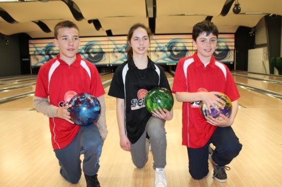 Castel bowling team 1