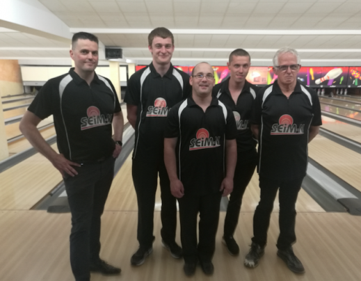 Castel bowling