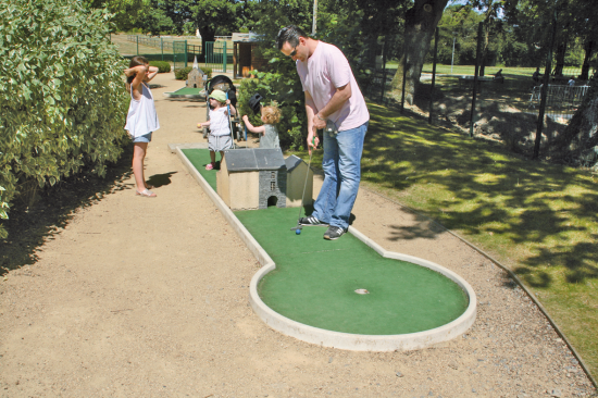 p17-mini-golf.png